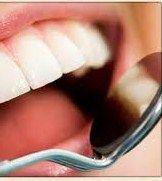 Zuccheri nemici dei denti, marzo mese della salute orale