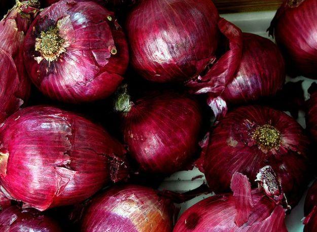 alimentazione corretta articolazioni cipolle