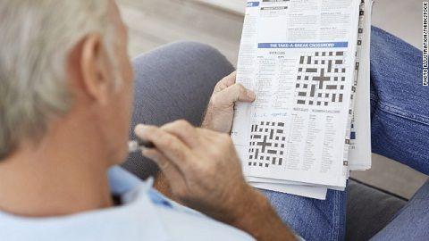 anziani allenare mente enigmistica
