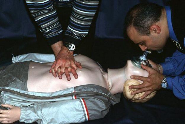 massaggio cardiaco guida