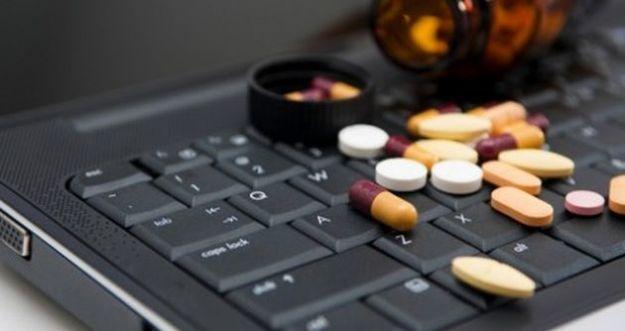 farmaci online pericolo