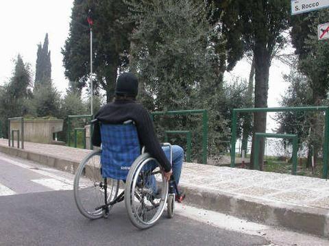 barriere architettoniche diffuse diritto mobilità disabili
