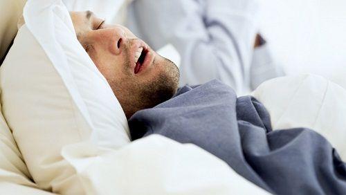 Apnea del sonno sintomi rimedi conseguenze