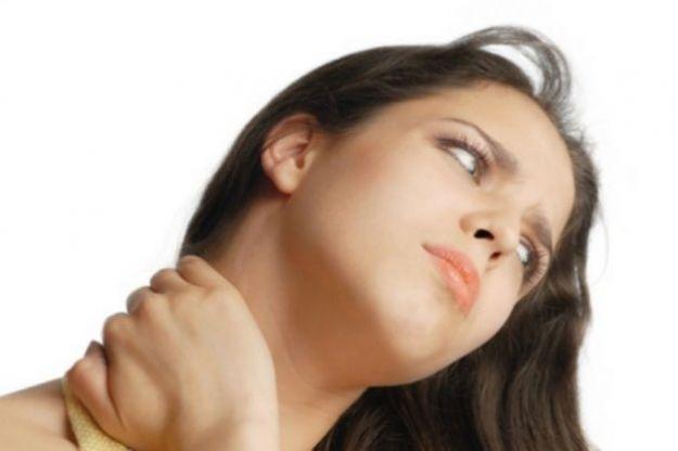 prevenire il torcicollo in viaggio