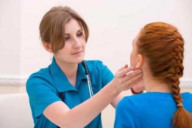ipertiroidismo sintomi cause cure