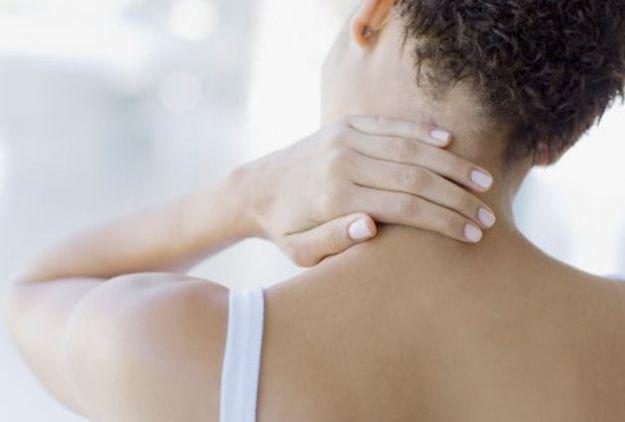 dolore collo cause rimedi