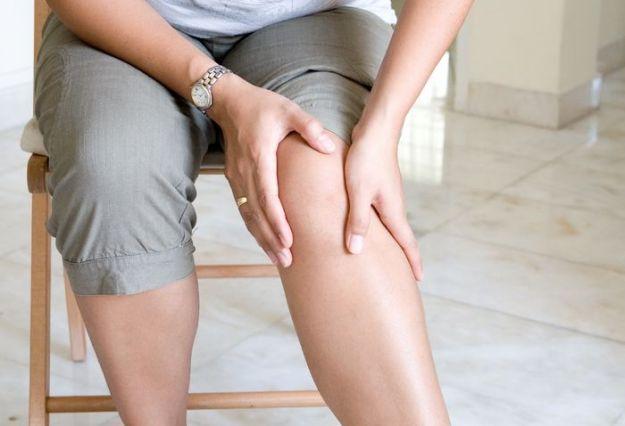 rottura del crociato sintomi riabilitazione