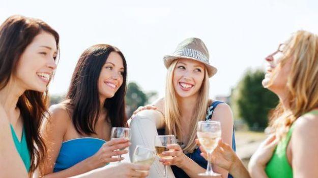 chi e intelligente beve piu alcolici