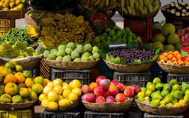 proprieta benefiche alimenti colore