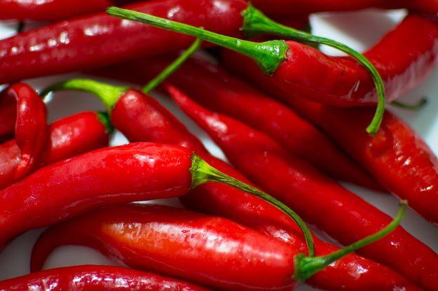 pepe di cayenna proprieta benefici