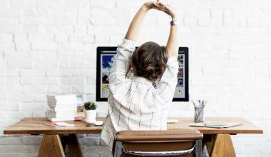 Stretching per l'ufficio