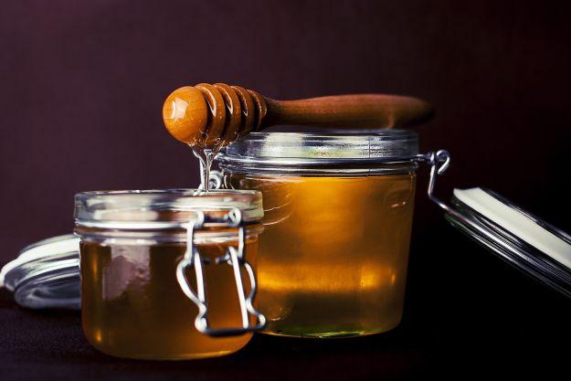 acqua e miele benefici