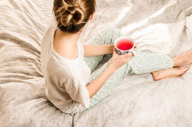 Donna sindrome gambe riposo