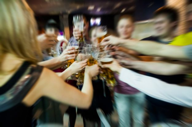 alcool adolescenti