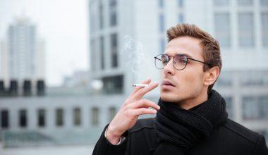 Divieto di fumare all'aperto a Milano novembre 2020