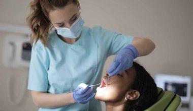 dentista igiene orale pulizia denti